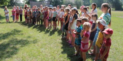 На Кореччині дитячий табір для 80 дітей християни провели безкоштовно