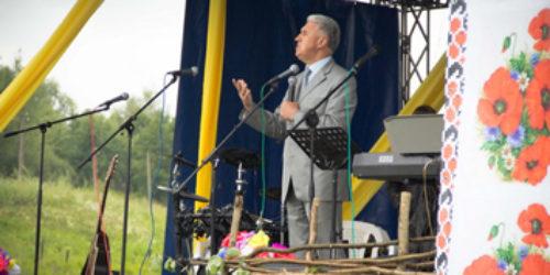 Старший єпископ ЦХВЄУ Михайло Паночко відвідав музичний фестиваль у Коростах