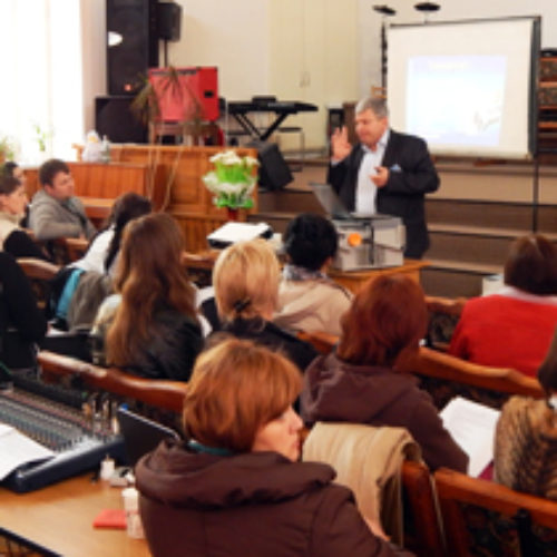 Ефективно служити в час перемін навчалися вчителі недільних шкіл