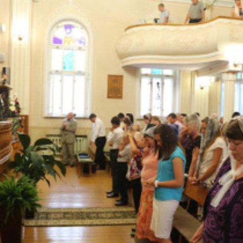 Церква на Квітовій,19 у Тернополі відзначила 90-річчя
