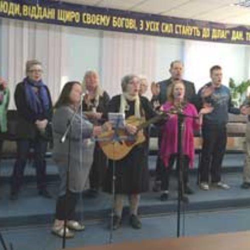 Завершився молитовний тур групи фінських християн