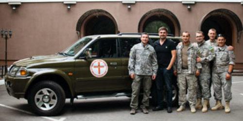 Християни-благодійники подарували столичним капеланам авто для служіння в зоні АТО
