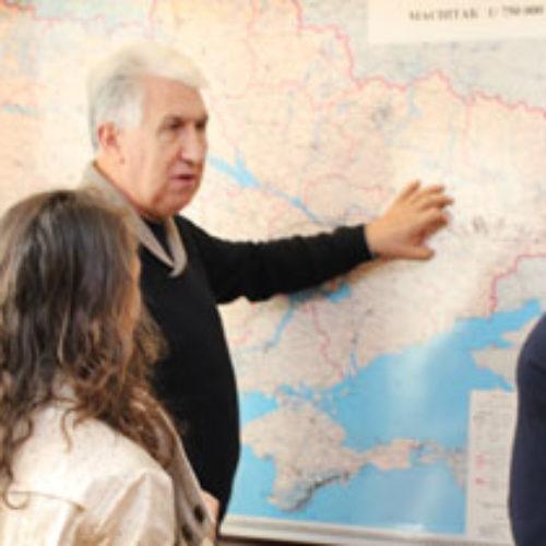 Головний офіс ЦХВЄУ з ознайомчою метою відвідав  пастор  Марк Сломка зі США