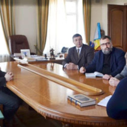 Мер Дніпропетровська зустрівся зі служителями християнських церков