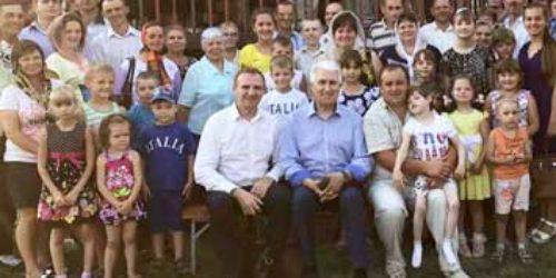 Сім служінь за три дні – старший єпископ відвідав Харківщину