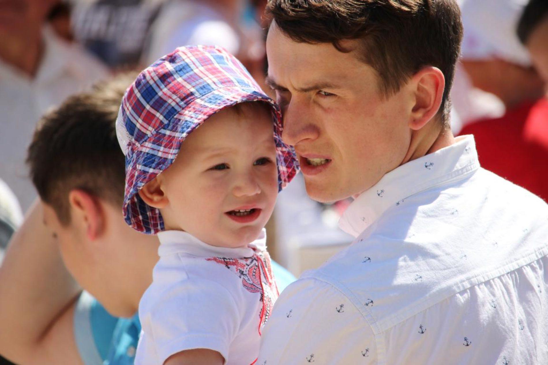 Третя Всеукраїнська Хода на захист прав дітей та сімей зібрала близько 10 тисяч учасників