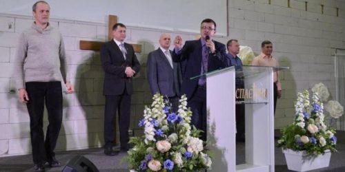 У Василькові євангельські церкви об'єдналися у молитві