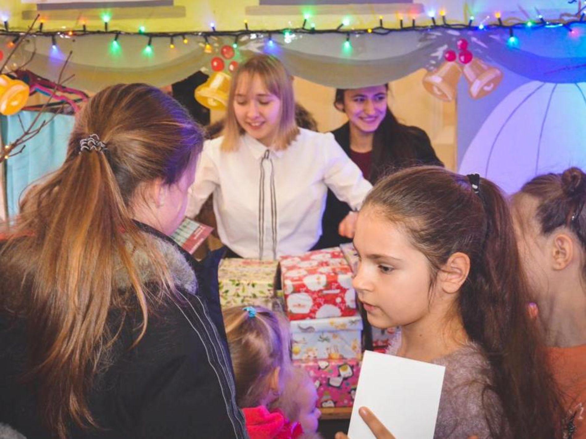 Одеська церква «Віра, Надія, Любов» подарувала дітям міста Різдвяне свято