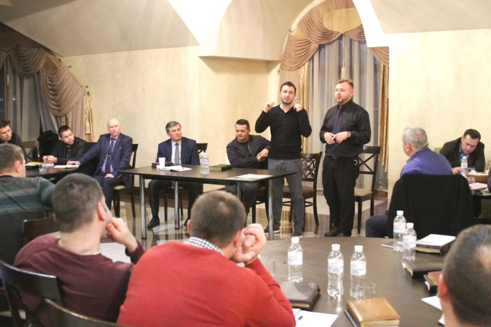 Благовістя, особисте та в інтернеті, стало предметом обговорення під час зустрічі благовісників братерства