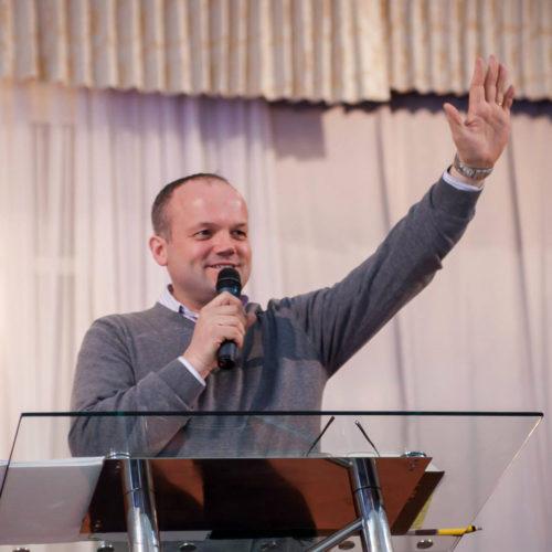Олександр Озеруга: «Уміння розпізнавати час і діяти відповідно до часу — знову зробить Церкву доречною в суспільстві!»